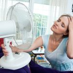 5 maneiras de amenizar o calor da menopausa